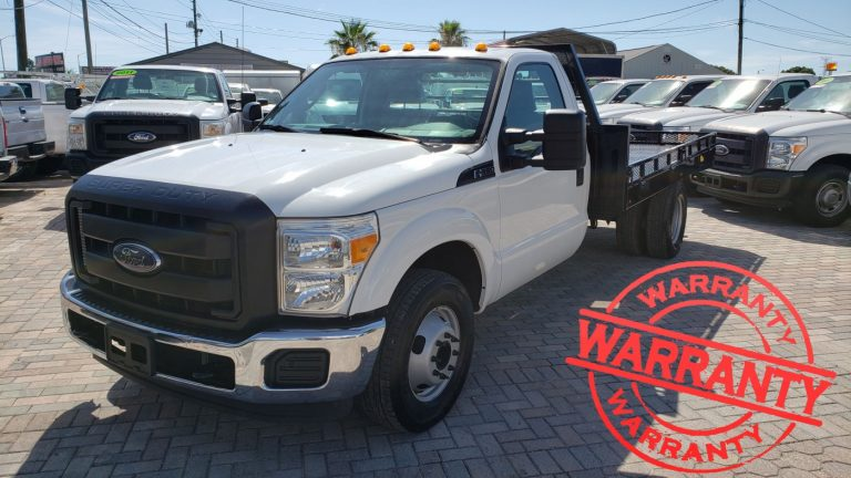 2016 FORD F350 XL SUPER DUTY, FLAT BED, DUALLY  6.2 V8,  13 K MILES