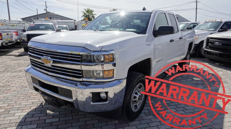 2015 CHEVROLET SILVERADO 2500HD  LT, DOUBLE CAB, 4X4, 6.0 V8, 6.5 FT BED